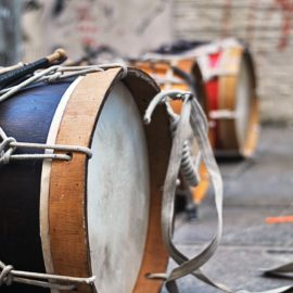 MUSICAL INSTRUMENTS/instrumenty muzyczne